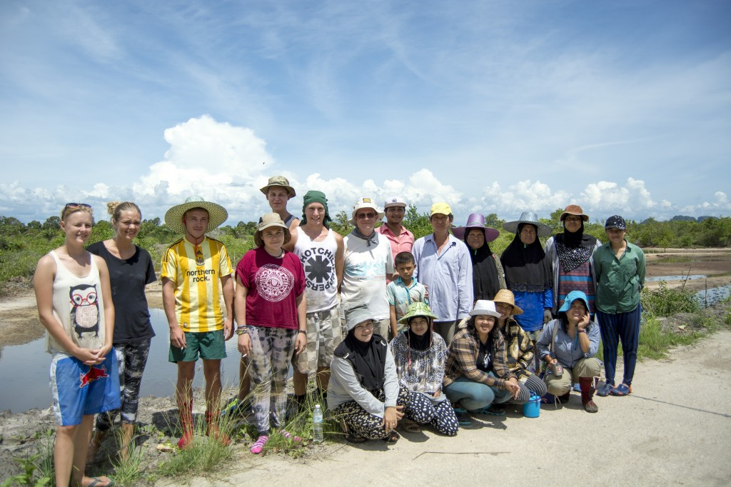 MAP Asia, Project Abroad and Local Community Digging Team