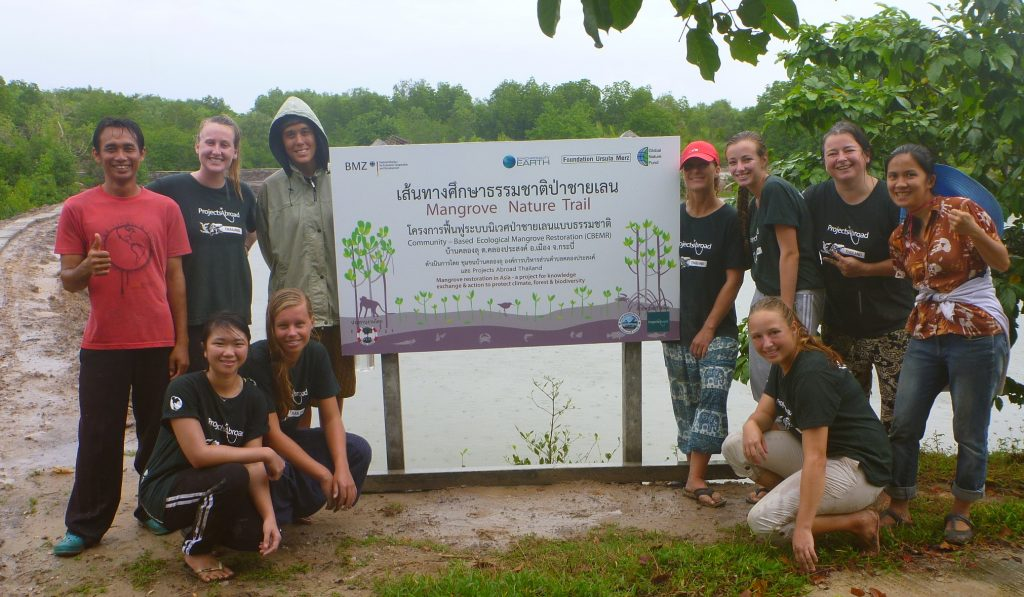 Project Abroad team helping the owner of the Klong Lu Homestay to build the nature trail